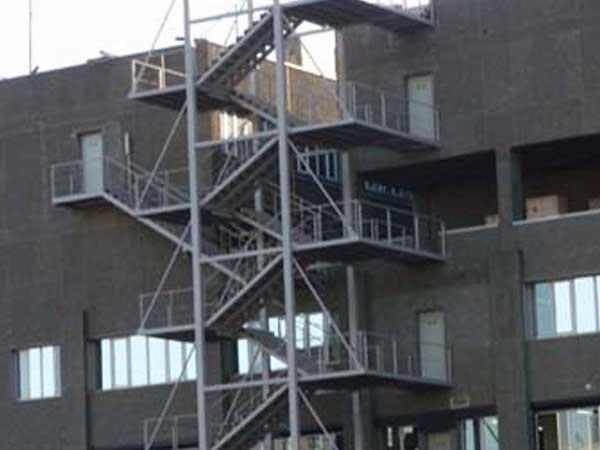 Escaleras de evacuación